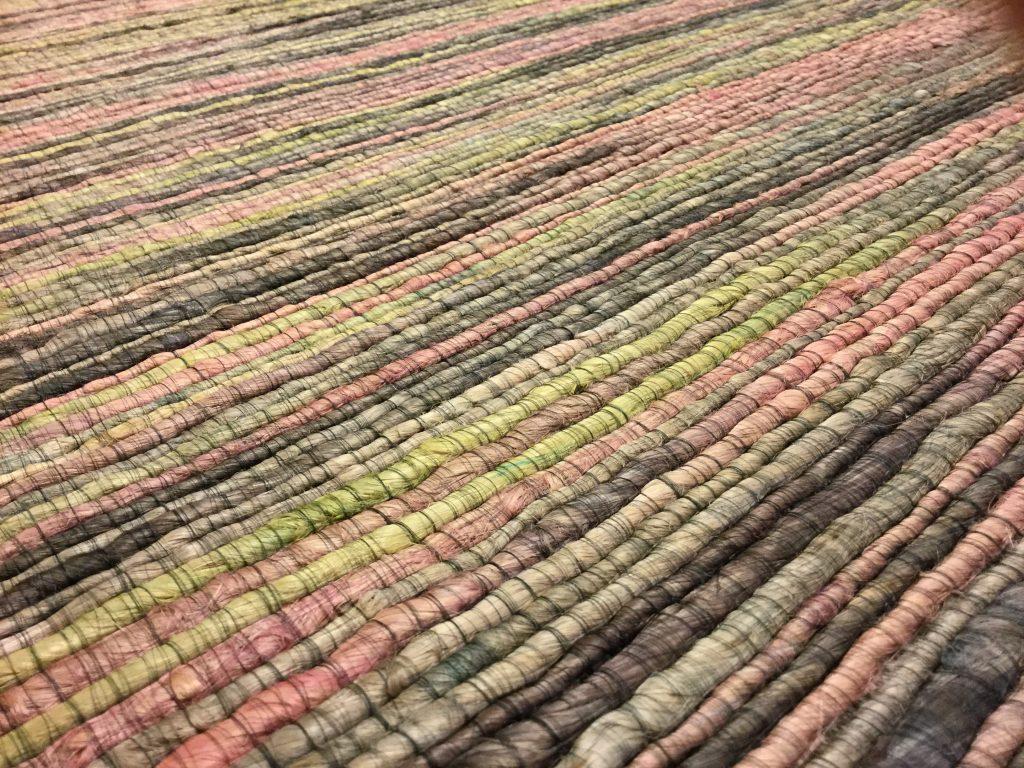 Handgetufteter Teppich by HF-Kollektion/ Foto: Meike Cornelius/www.punktgenau-kreativschmiede.de